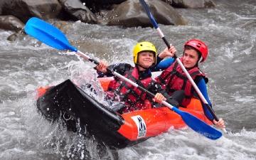 Hot Dog / Kayak Air